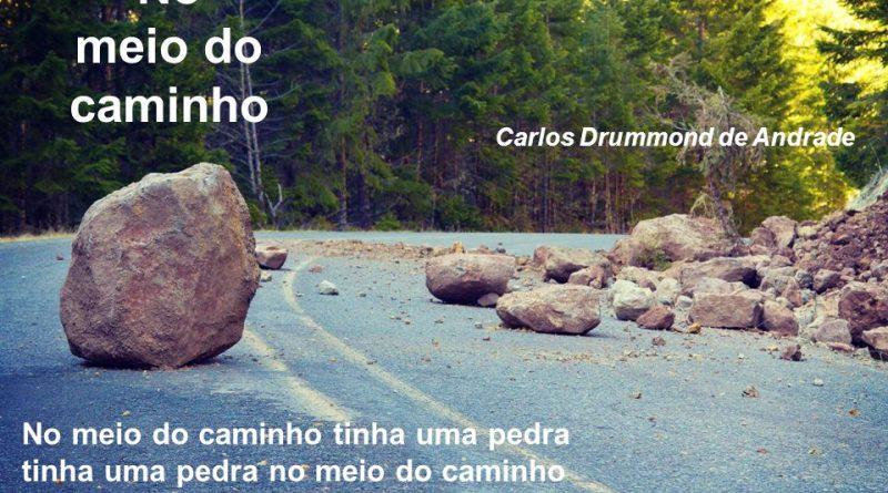 No meio do caminho tinha uma pedra tinha uma pedra no meio do caminho tinha uma pedra no meio do caminho tinha uma pedra.